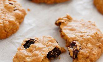 简单的葡萄干燕麦饼干制作方法