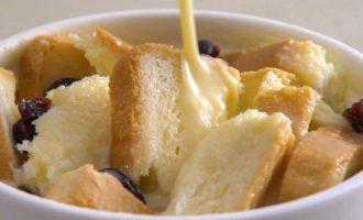 烘焙食谱-面包布丁制作方法