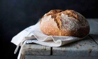 为什么你做面包80%的时候都不成功?就因为不懂判断这三个发酵过程!