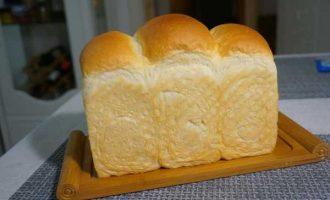 用面包机揉面包面团几个小技巧