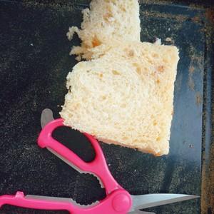 自制面包糠(烤箱版)的做法 步骤1