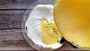 六寸戚风蛋糕 小白版的做法 步骤15