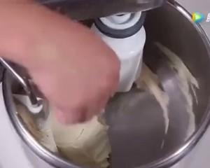 原创配方 | 牛奶吐司的做法 步骤3