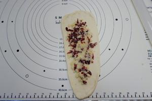 蔓越莓椰蓉面包卷的做法 步骤12