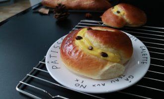 超软乳酪蜜蜜豆软欧包制作方法