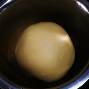 超级软奶香吐司面包的做法 步骤4