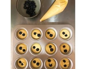 大船长高比克风炉食谱·蓝莓马芬蛋糕的做法 步骤14