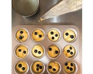 大船长高比克风炉食谱·蓝莓马芬蛋糕的做法 步骤13