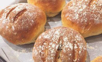 水果穀物软欧面包制作方法