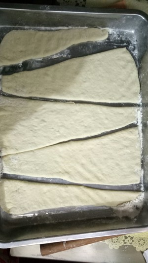 做法超简单的老式油酥面包的做法 步骤1