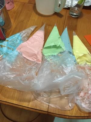 彩虹蛋糕卷胚的做法 步骤18