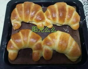 做法超简单的老式油酥面包的做法 步骤3