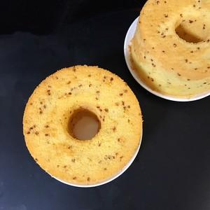 小米中空戚风蛋糕的做法 步骤10