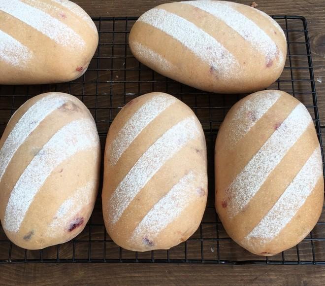 奶油奶酪馅草莓冻干餐包~UKOEO高比克食谱的做法