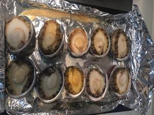 烤箱烤鲍鱼的做法 步骤6