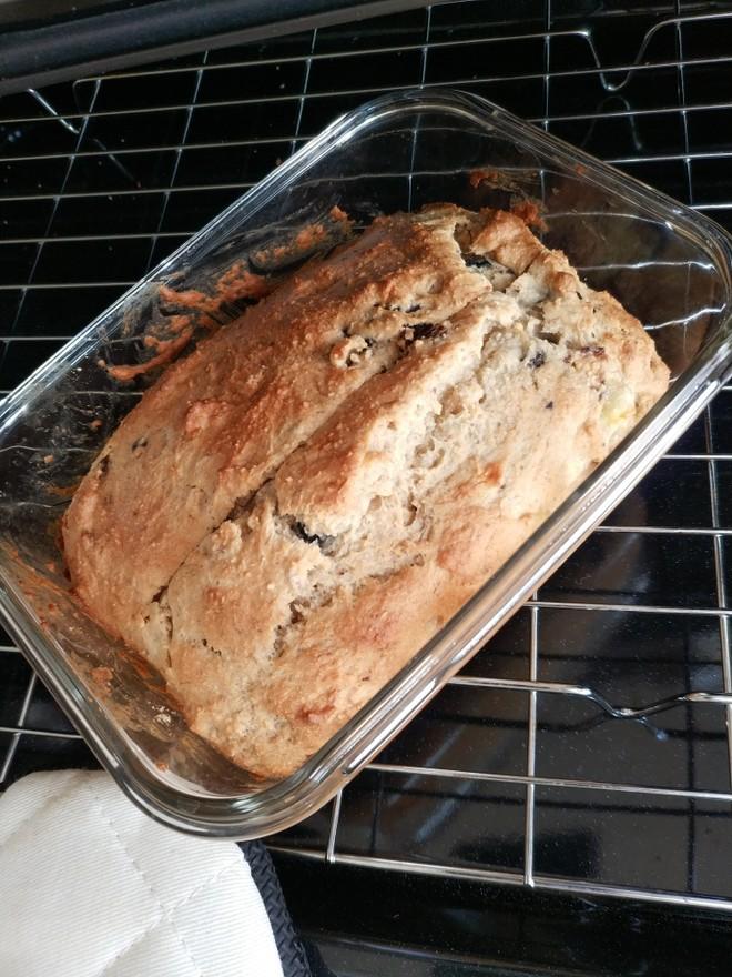 懒人的美味~香蕉蓝莓爆浆蛋糕的做法