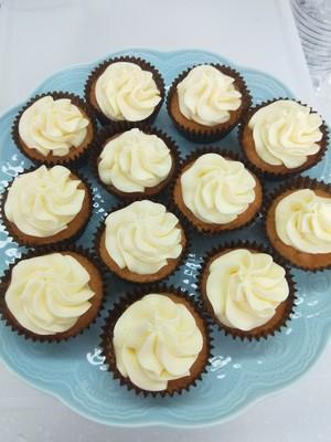 杏仁纸杯蛋糕的做法 步骤14