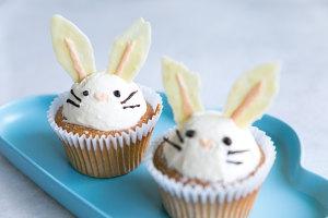 萌萌哒小兔子cupcake的做法 步骤13