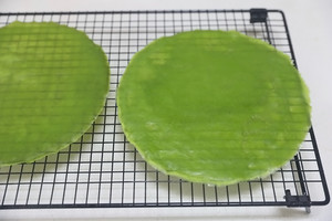 抹茶红豆毛巾卷的做法 步骤16