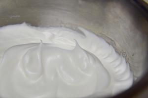 黑芝麻戚风蛋糕的做法 步骤3