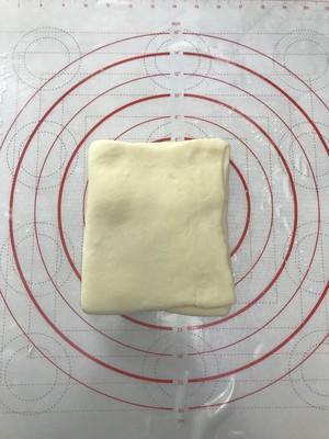 法式羊角面包的做法 步骤5