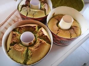 抹茶红豆戚风蛋糕的做法 步骤8