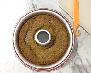 淡抹茶酸奶戚风的做法 步骤5