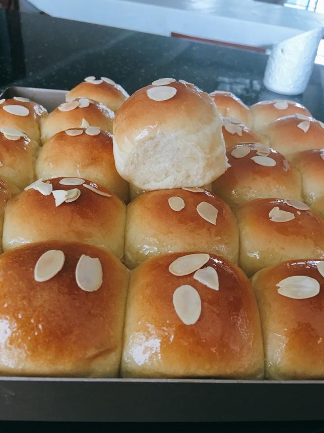 牛奶蜂蜜小面包(美善品版)的做法