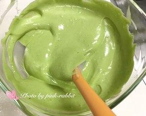 菠菜汁戚风.12-14-17中空加高的做法 步骤10