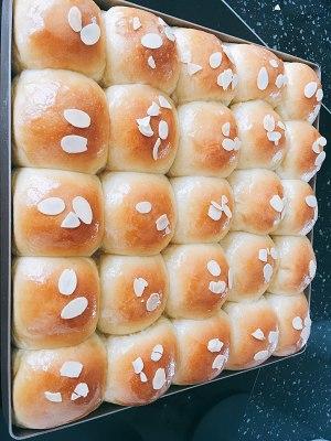 牛奶蜂蜜小面包(美善品版)的做法 步骤7