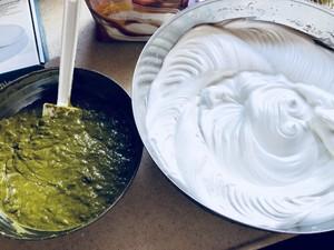 抹茶红豆戚风蛋糕的做法 步骤5