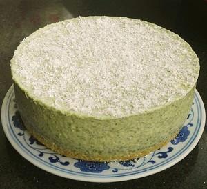 艾草慕斯蛋糕的做法 步骤2