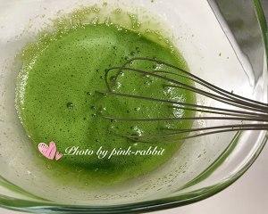 菠菜汁戚风.12-14-17中空加高的做法 步骤5