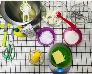 轻乳酪蛋糕的做法 步骤2