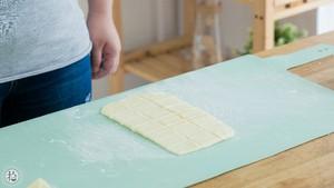 土豆小酥饼的做法 步骤8