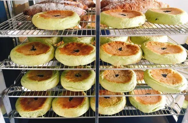 如何开面包店?仅仅20㎡的纯手工面包店,装载着两姊妹的面包梦想