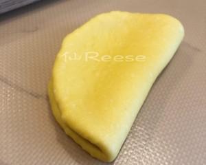 秒杀吐司的面包整形方法的做法 步骤3
