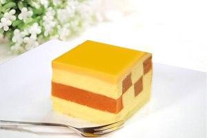 芒果慕斯蛋糕的做法 步骤10
