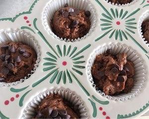 简单快手巧克力蛋糕的做法 步骤5