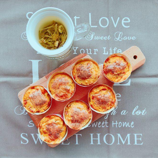 健康的胡萝卜番茄芝士咸马芬的做法