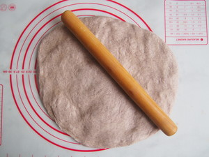 黑麦红枣核桃卷的做法 步骤8