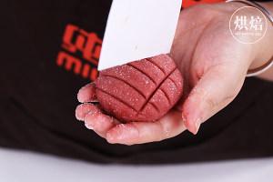 一次发酵的粉色菠萝包,连茶餐厅的招牌菠萝油都快被它取代!的做法 步骤17