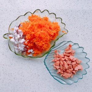 健康的胡萝卜番茄芝士咸马芬的做法 步骤1