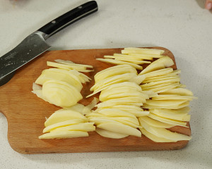 苹果隐形蛋糕的做法 步骤4