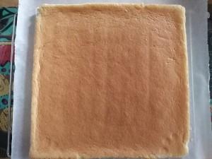 蛋糕卷的做法 步骤7