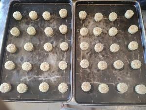 广式月饼-蛋黄莲蓉月饼的做法 步骤10