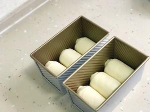 70%中种淡奶油吐司的做法 步骤14