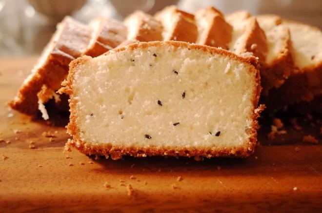 黑芝麻磅蛋糕 制作方法