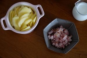 培根芝士焗薯蓉的做法 步骤2