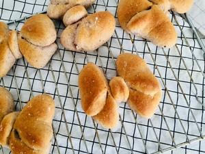 #治愈系福蝶面包手法#的做法 步骤5